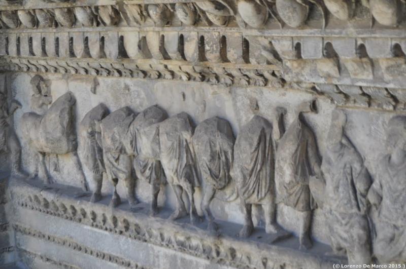 dettaglio arco di Traiano 2