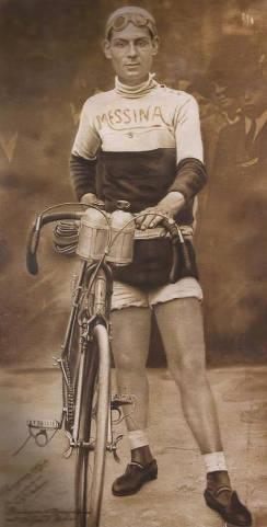 Lucio Giulio Messina con bici